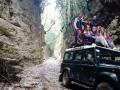 Zatímco všichni ještě spali, skupina devíti natěšených sběratelů adrenalinových zážitků vyrazila do národního parku Romandato