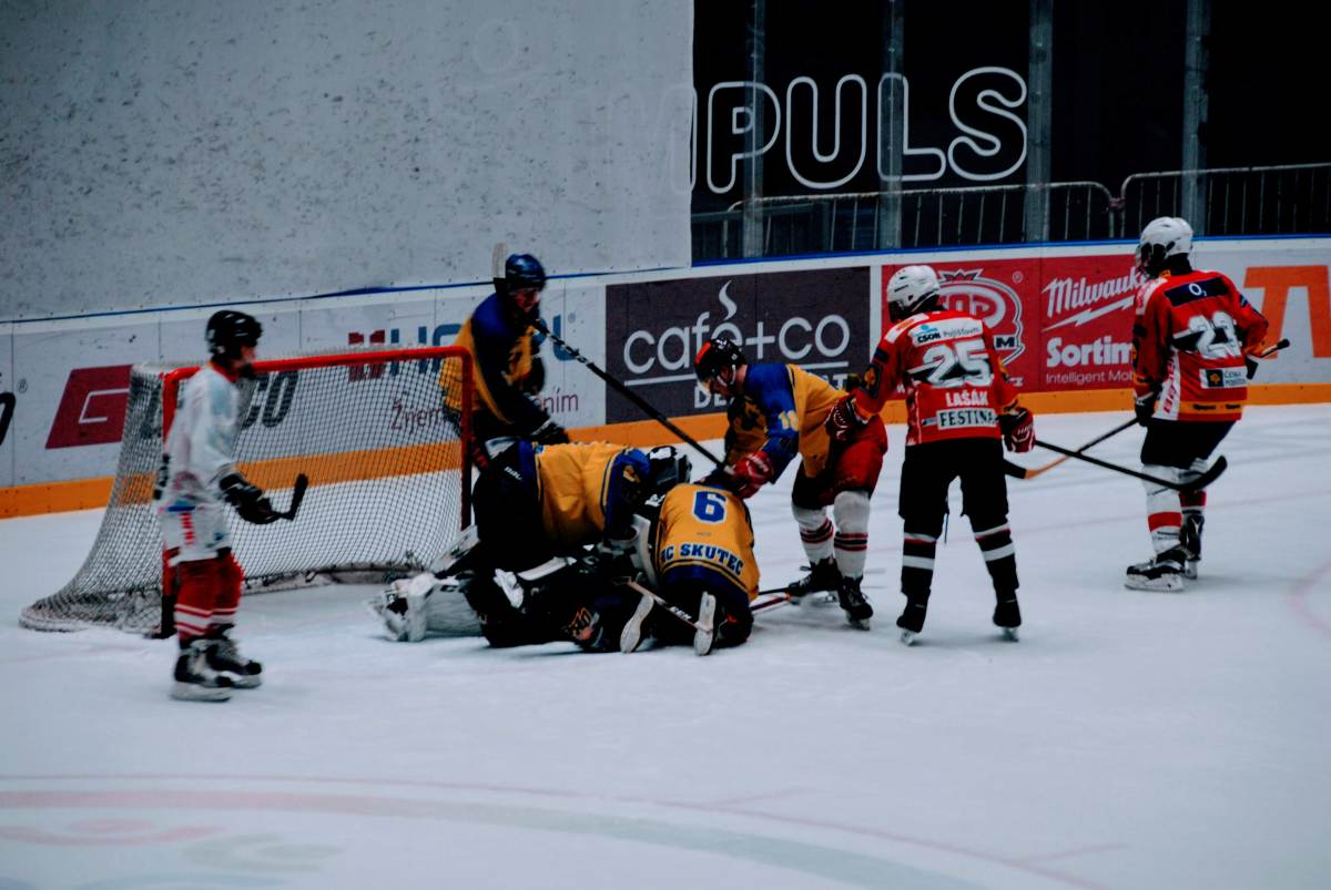 hokej_maturanti_ucitele17