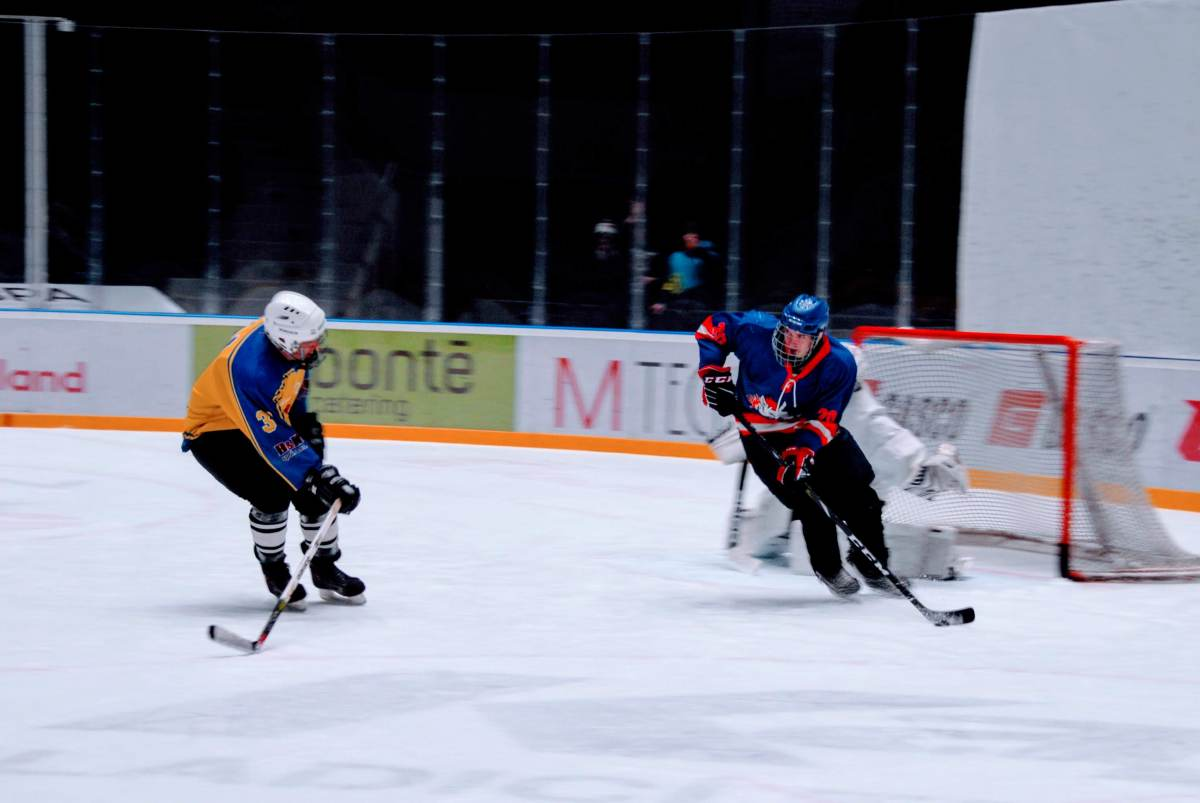 hokej_maturanti_ucitele18