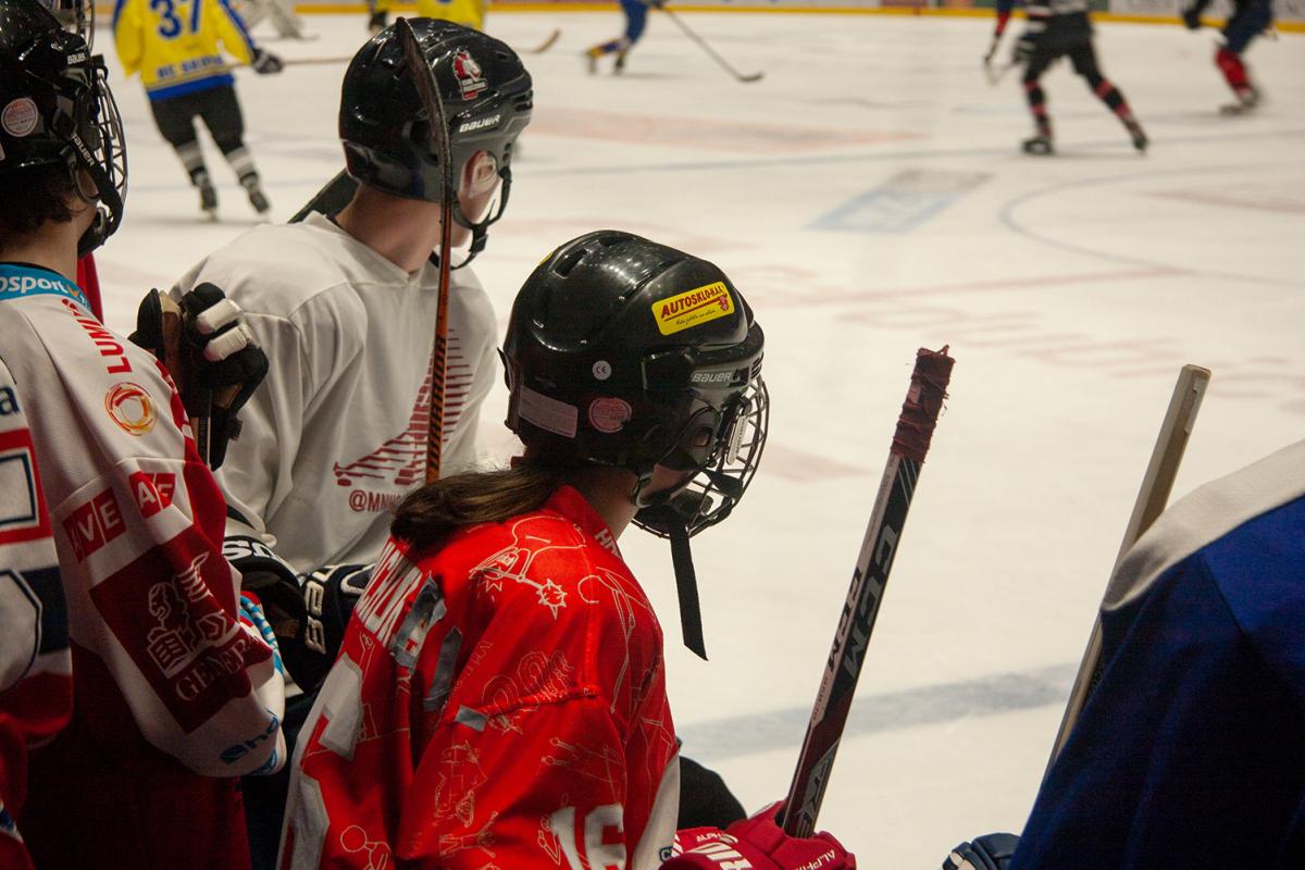 hokej_maturanti_ucitele_VK_04
