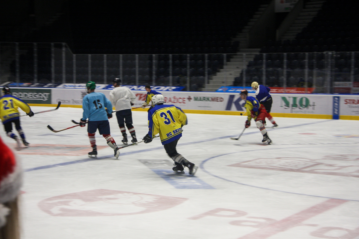 hokej_maturanti_ucitele_VK_23