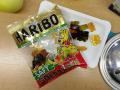 hostinu jsme zakončili asi nejznámějšími gumovými medvídky od firmy Haribo