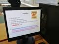 monitor s informacemi o tradičních gumových medvídcích firmy Harribo