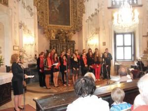 Pěvecký sbor Gymnázia Dašická na festivalu v Cholticích